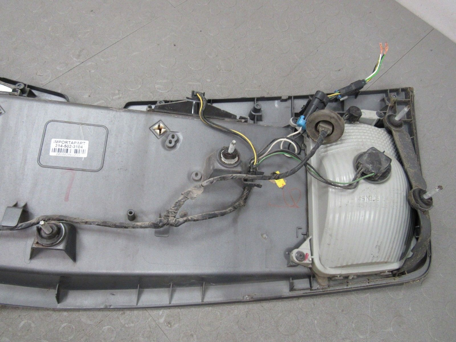 Cts Wiring Panel Detailed Schematics Diagram 03 Cadillac Alternator 07 Trunk Tail Finish Trim Bezel License Electrical Control