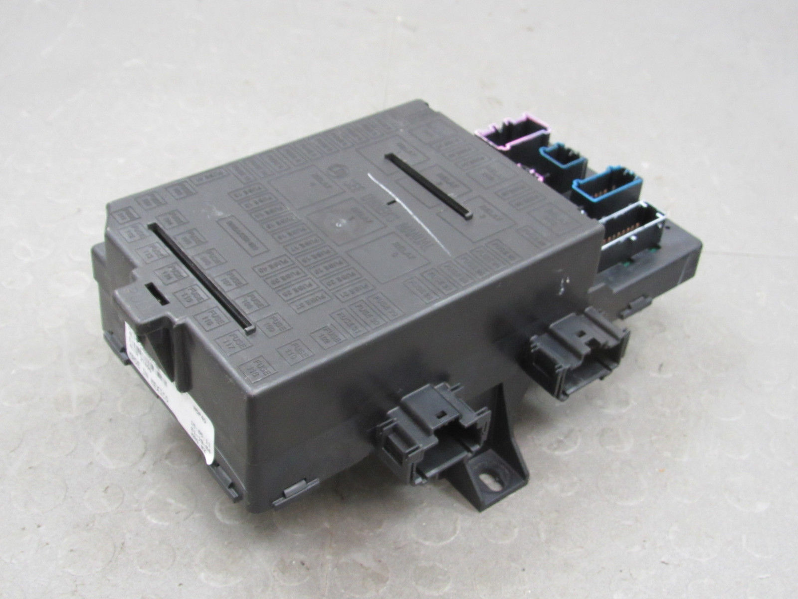 Relay Block Painless Wiring Expedition Navigator Interior Fuse Box Center A Ae 1600x1200