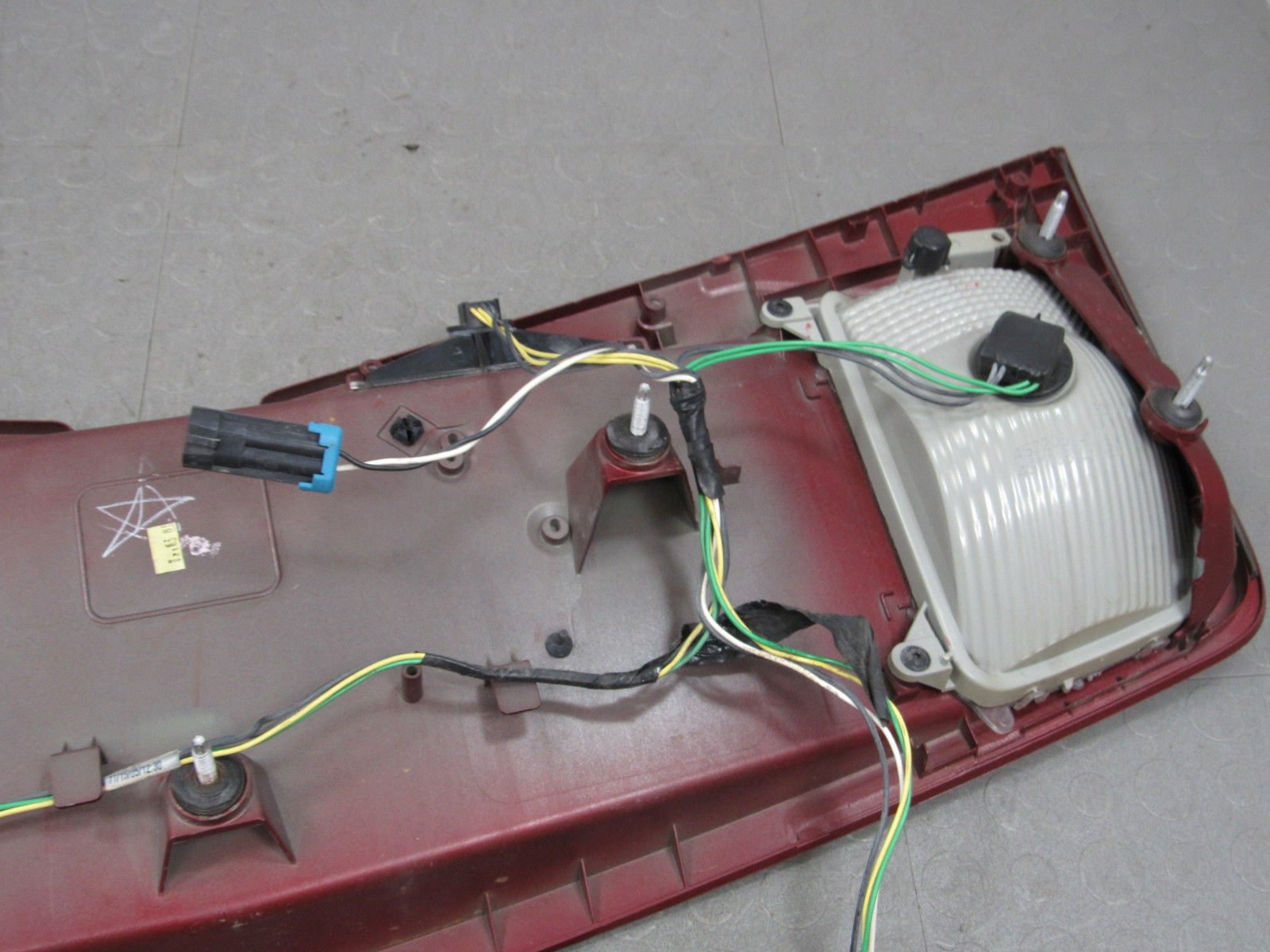 03 07 Cadillac Cts Trunk Tail Finish Trim Panel Bezel License Main  Electrical Panel Box Diagram Cts Wiring Panel