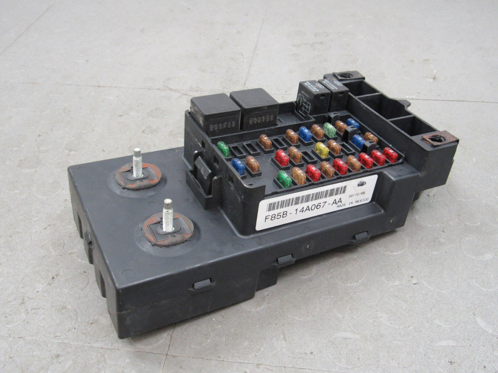 97-98 ford f150 interior dash fuse box junction relay block f85b-14a067-aa p
