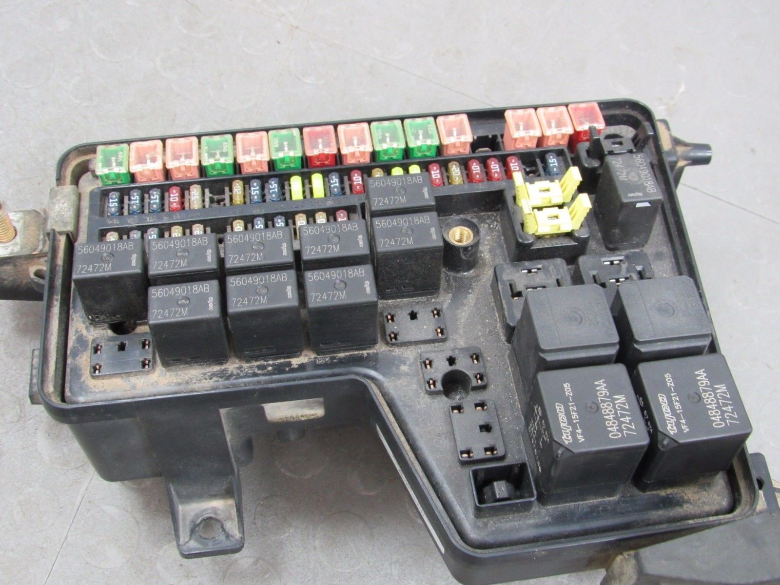 02 03 dodge ram integrated power distribution module fuse box rh  importapart com 03 dodge ram fuse box diagram 03 dodge ram 2500 fuse box  location