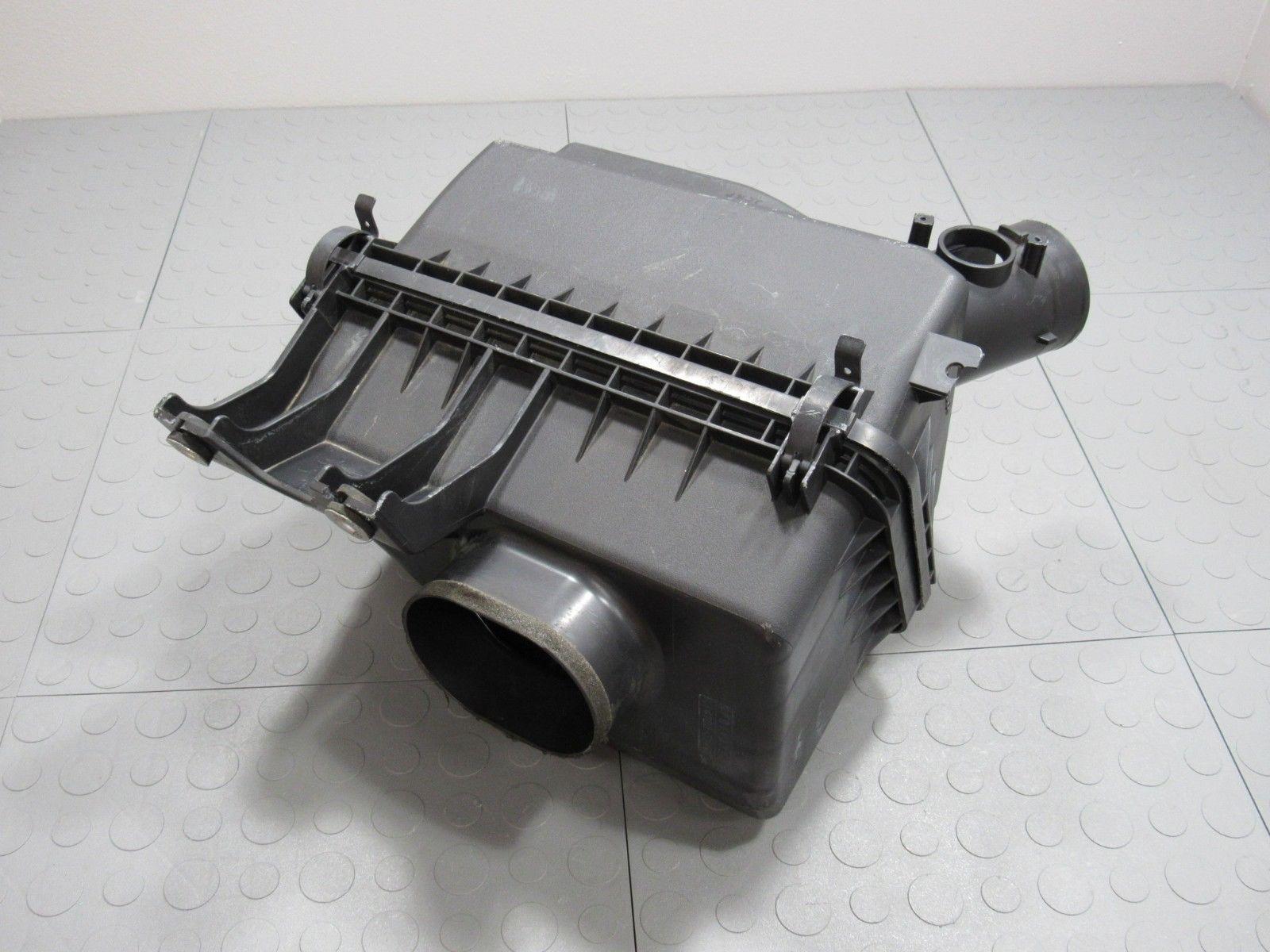Engine Air Cleaner 15 : Mazda mx miata engine air intake cleaner box