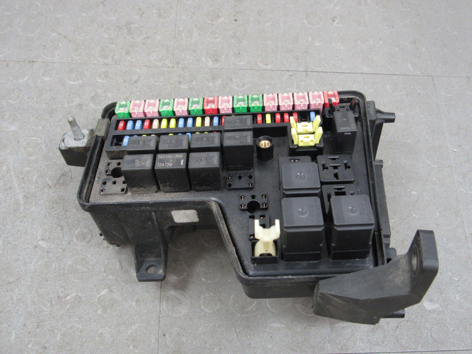 03 Dodge Ram Fuse Box Simple Guide About Wiring Diagram 2002 3500 02 Integrated Power Distribution Module Rh Importapart Com