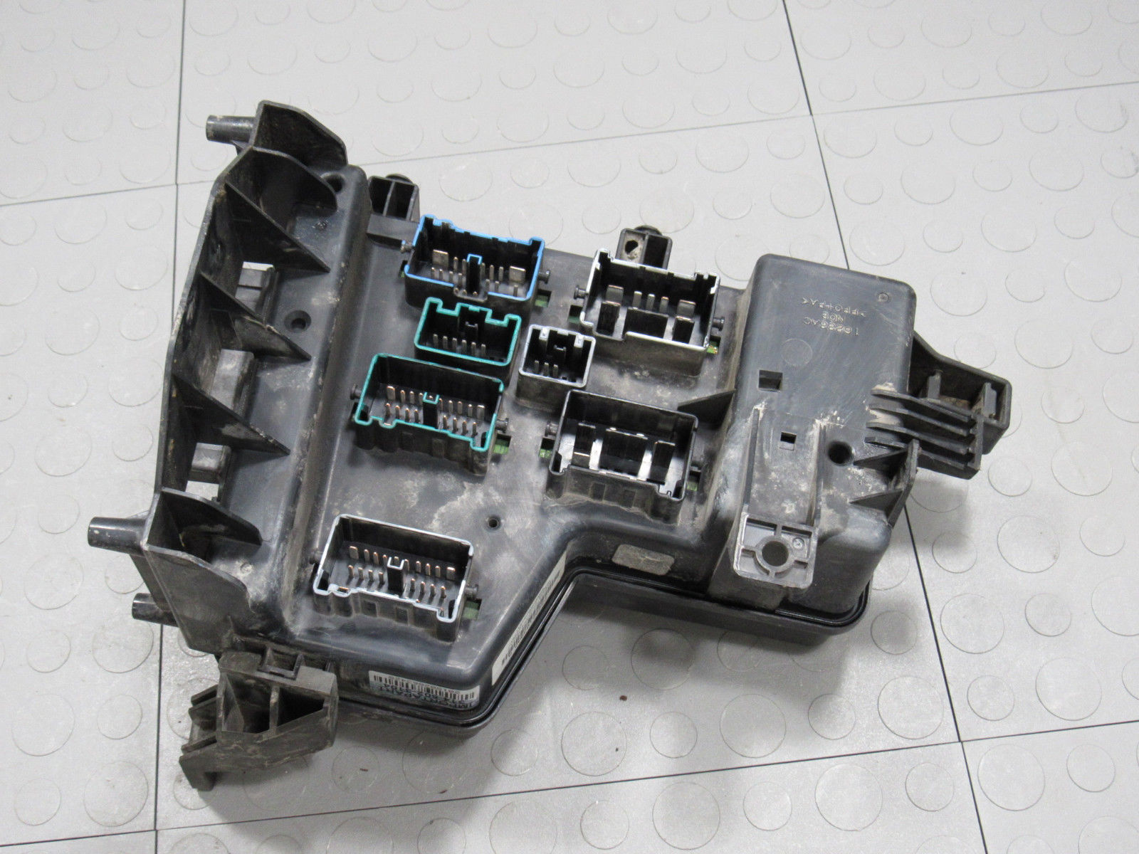 03 Dodge Truck Fuse Box Wiring Schematic Diagram 1995 Isuzu Pickup 05 Ram Ipm Integrated Power Module Block