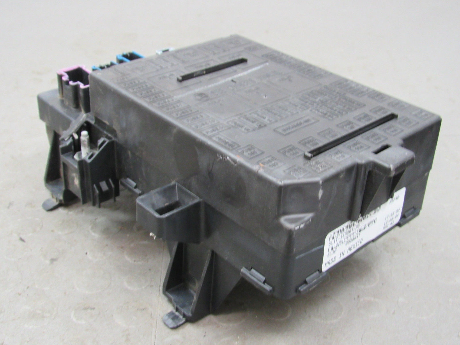 05 Expedition Navigator Interior Fuse Relay Box Block Center 5l1t Automotive And 14a067 Ac U