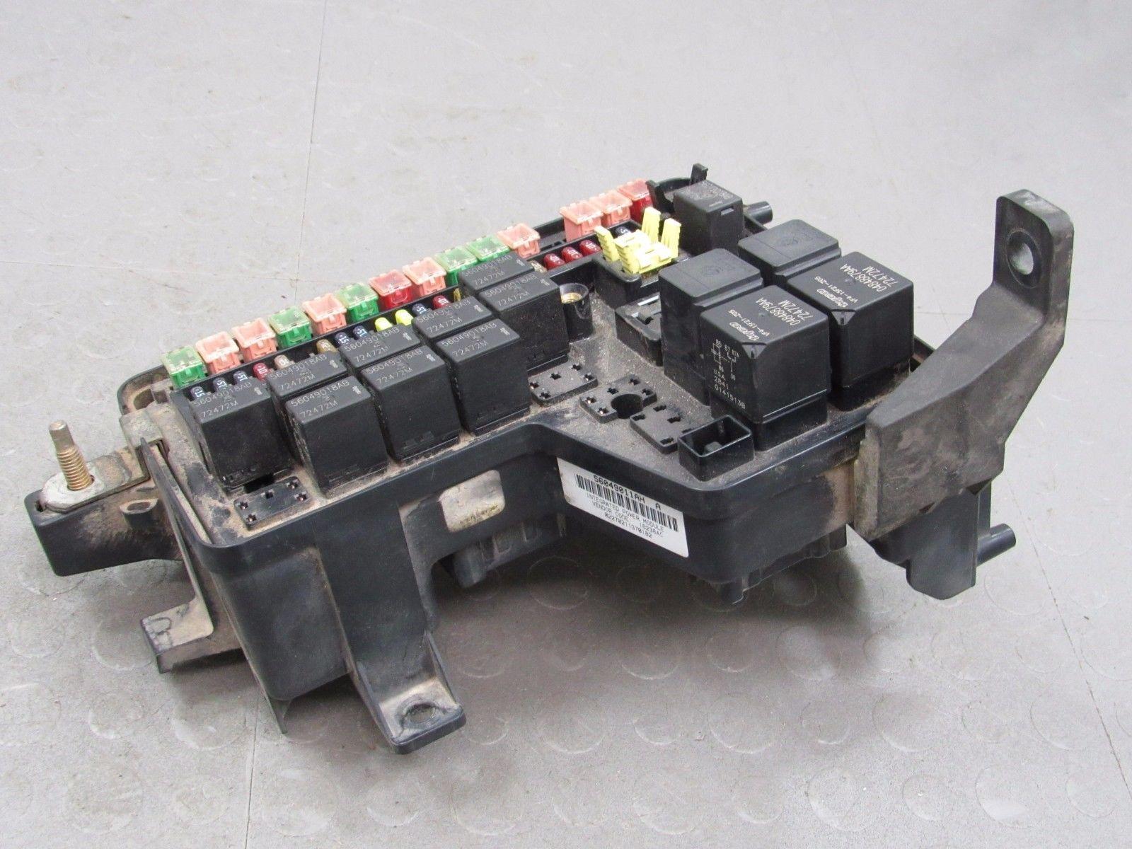 02 03 Dodge Ram Integrated Power Distribution Module Fuse Box 56049011ah Cr
