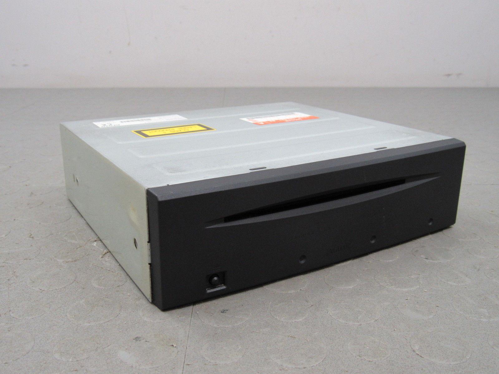 05-07 Jaguar XJ8 X Type Vanden Plas GPS DVD ROM Navigation Disc Drive  Player B