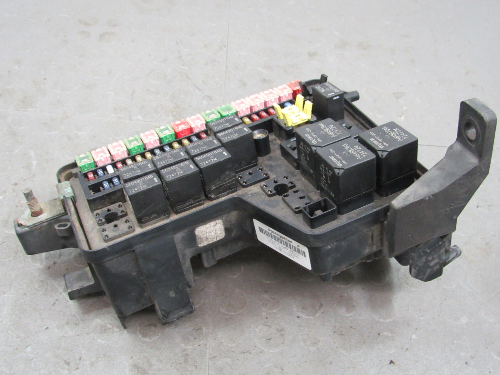 02-03 Dodge Ram Truck Integrated Power Module Fuse Box Block ... on 96 dodge ram fuse box, 06 dodge ram fuse box, dodge ram 1500 fuse box, 97 dodge ram fuse box, 02 dodge ram fuse box, dodge ram 2500 fuse box, 2001 dodge caravan fuse box, 99 dodge ram fuse box, 05 dodge ram fuse box, 2003 dodge fuse box, 94 dodge ram fuse box, dodge truck fuse box, 01 dodge ram fuse box, 99 chevy suburban fuse box, 04 dodge ram fuse box, 95 dodge ram fuse box, 08 dodge ram fuse box,