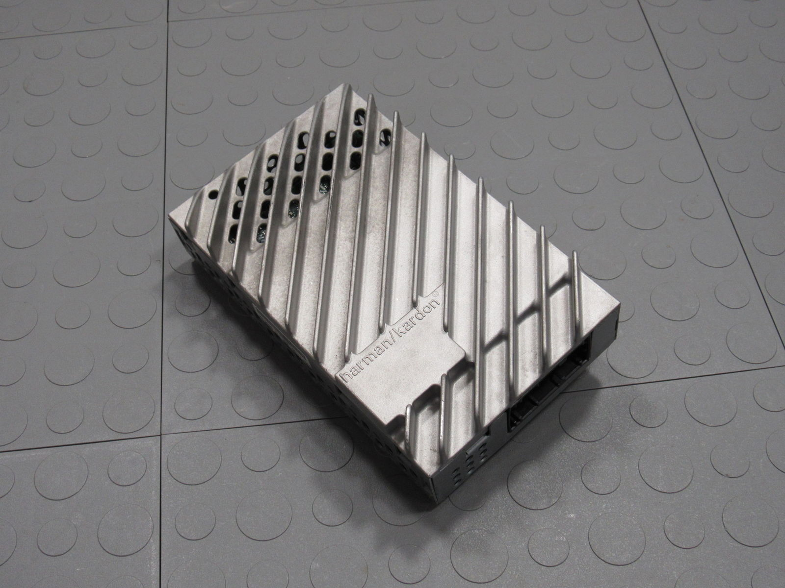10 Mini Cooper R56 Harman Kardon Audio Radio Stereo Amplifier Amp 9