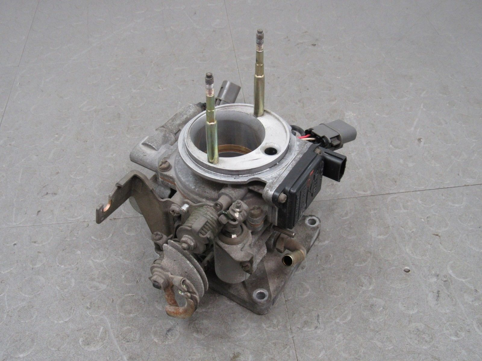 93-94 Nissan Pickup Truck KA24E 2 4L 4Cyl D21 Throttle Body TPS Complete  AFM WT