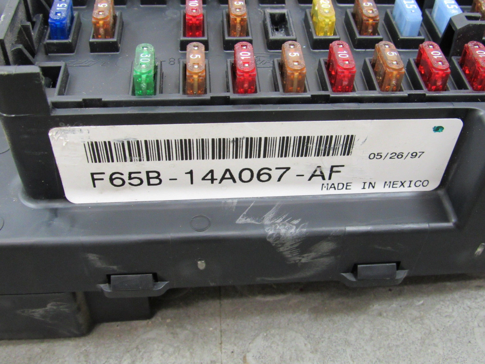 97 98 Ford F150 Bcm Gem Multifunction Fuse Relay Box F75b 14b205 Nd Automotive And Cx Importapart