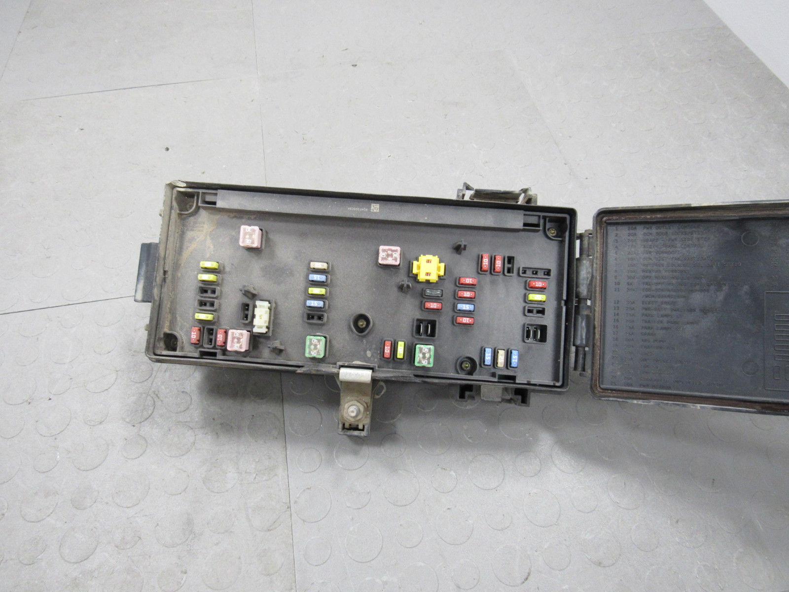 07 Dodge Ram TIPM Totally Integrated Power Module Fuse Box Block 04692117AI  A