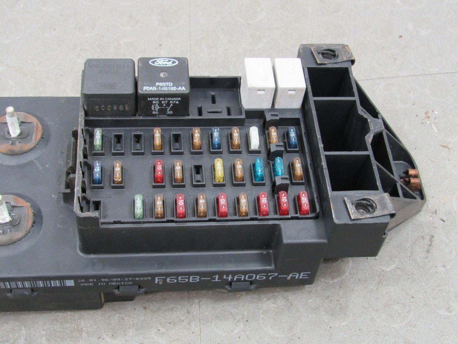 98 Ford F 150 250 44 Bcm Gem Multifunction Fuse Relay Box F85b 14b205 Na Bt